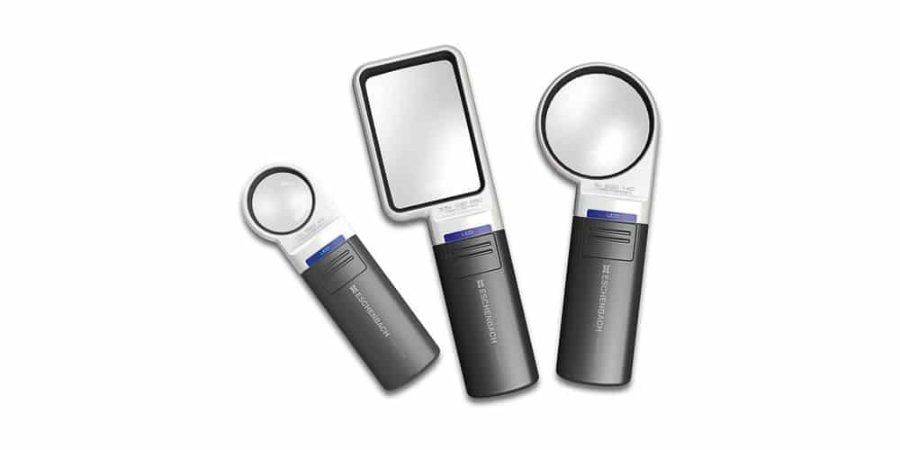 Hand held magnifier with light Mobilux
